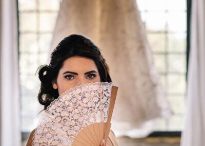 sposa con ventaglio